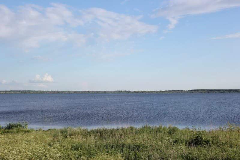 Яхробольское озеро