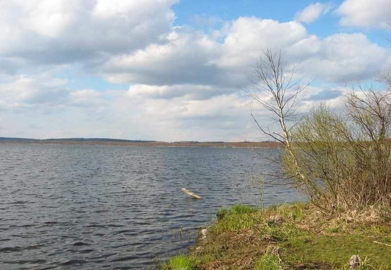 Тростенское озеро