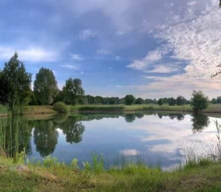 Искробольское озеро
