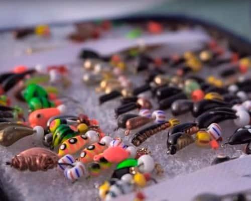 Секреты подледной ловли рыбы на безмотылку, подбор мормышки и игры