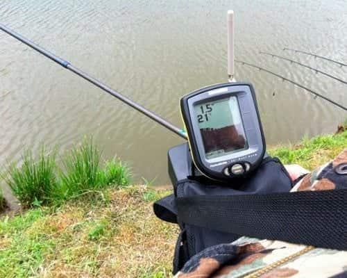 Выбираем качественный и недорогой эхолот для рыбалки с берега