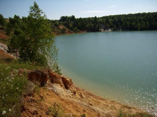 Апрелька озеро