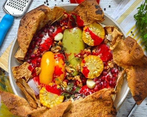 Барабулька по-мавритански с пряными овощами и гранатовым соусом