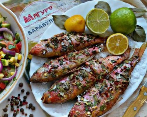 Черноморская барабулька с овощным салатом «Южные ночи»