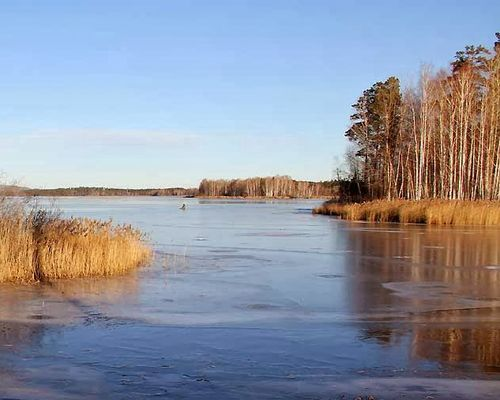 Медиак озеро