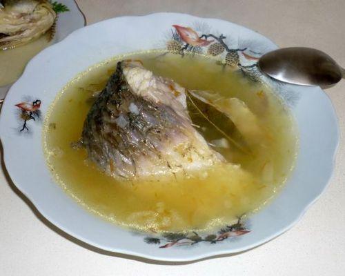Рыбный суп из белого амура