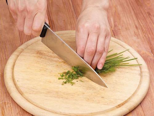 Пошаговый рецепт картофельных оладьев с красной рыбой и икрой