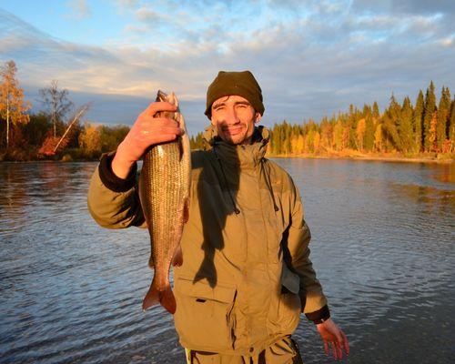 Рыбалка на реке Пага на хариуса