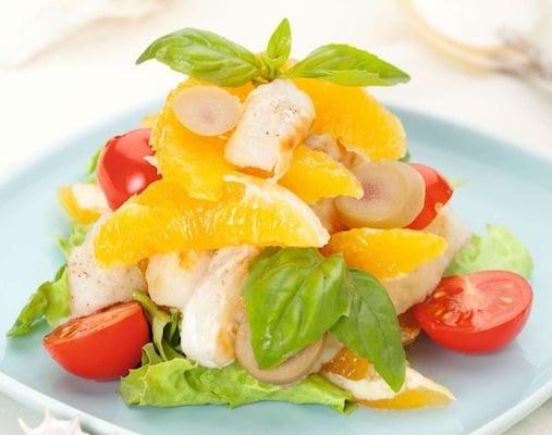 Салат из рыбы с апельсинами