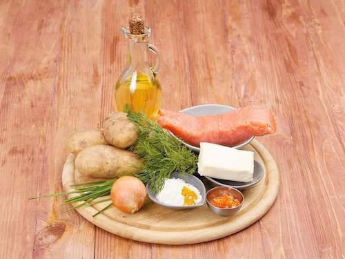 Картофельные оладьи с красной рыбой и икрой - ингредиенты