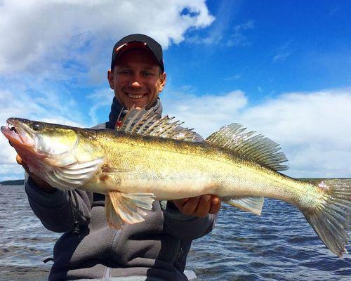Рыбалка на Иваньковском водохранилище с Романом Байковым