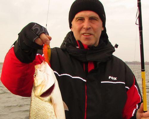 Рыбалка на Оке с Ростиславом Чубаровым