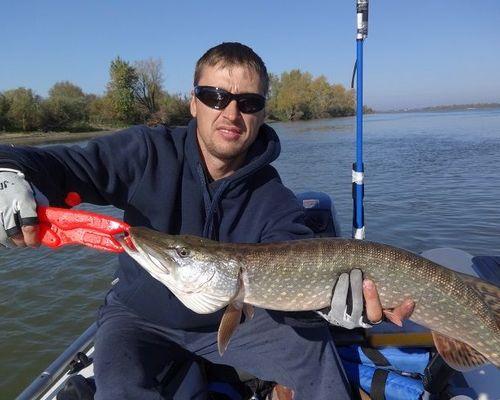 Рыбалка в Омской области с Константином Бондарем