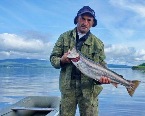 Трофейная рыбалка в Татарском проливе