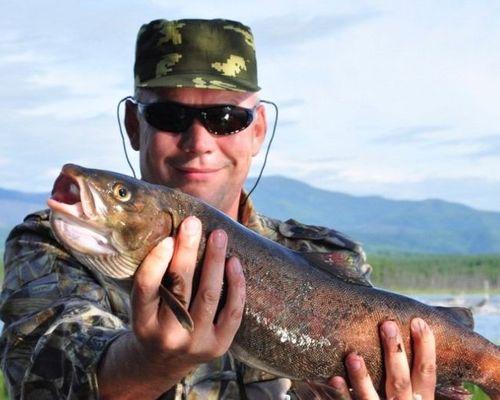 Зимняя рыбалка на реке Томпуда