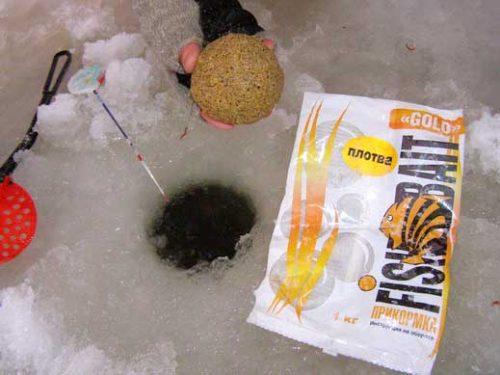 Зимняя прикормка на плотву