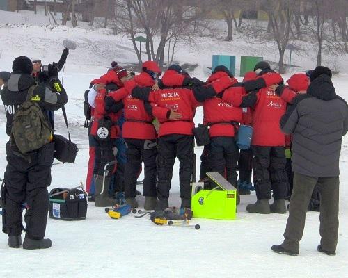 Золотые медали сборной России на чемпионате мира по ловле на мормышку со льда