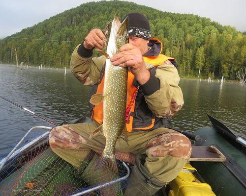 Рыбалка на Саяно-Шушенском водохранилище