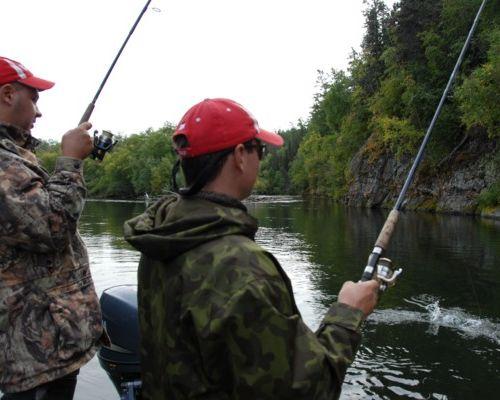 Рыбалка на тихоокеанских лососей. База Еловка