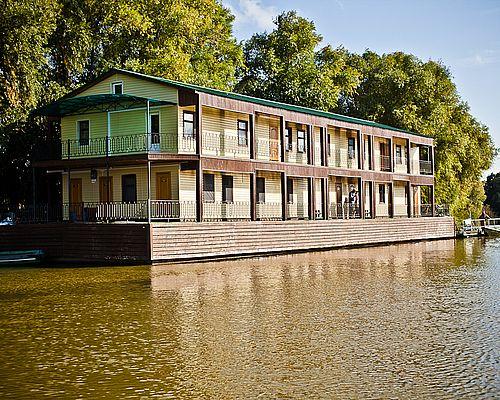 Плавучий отель «Фишка»