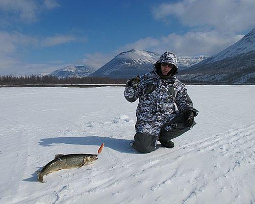 Весенняя рыбалка на озере Лама