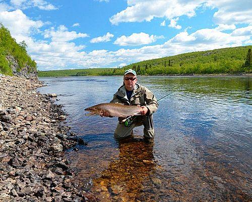 Ловля семги нахлыстом и спиннингом на реке Поной