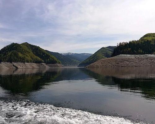 Рыбалка на Саяно-Шушенском водохранилище с Евгением