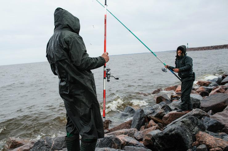 Ловля корюшки в июле на поплавочную удочку